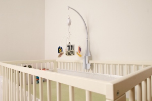 transitioning baby to crib
